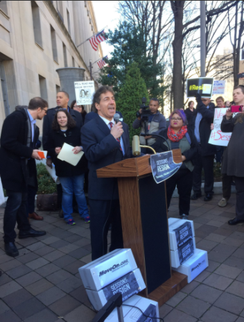 Rep. Jamie Ruskin at Fire Sessions Rally